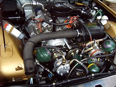 Citron SM engine (regtur) Tags: auto classic cars netherlands dutch car french automobile utrecht citroen engine nederland sm voiture oldtimer sa maserati 2007 v6 medion citromobile majest opron