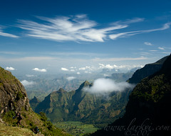 Along the Trail from Buyit Ras to Sankaber, Simien Mountains National Park, Ethiopia, October 2007 (larkvi) Tags: africa mountains clouds landscape ethiopia winslow simienmountains simien debark larkvi buyitras simienmountainsnationalpark amharaland seanwinslow