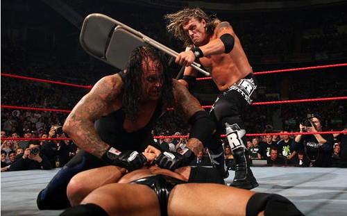 EL Undertaker vs Edge 2117588885_48b763c7ae