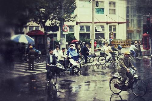 A Rainy Shanghai Street Scene