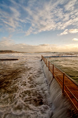 Overflow at Dee Why (sachman75) Tags: bravo 1022mm deewhy rockpools bigsurf seabaths 400d auselite