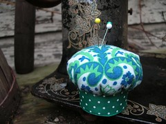 Pin Cushion (pilliebee) Tags: green sewing pins pincushion swapbot howaboutorange pilliebeehandmade