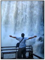 El saltant Bossetti i jo, P.N. Iguaz (Jess Cano Snchez) Tags: me argentina rio canon river waterfall nationalpark yo jo unesco cataratas ixus40 iguazu misiones cascada riu iguau parquenacional elsenyordelsbertins catarates parcnacional bossetti vacances2007 paseoinferior