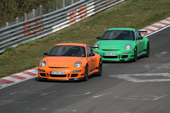 2 Porsche 997 GT3 RS (www.nordschleife-video.de) Tags: auto cars car race racecar germany deutschland racing eifel vehicles porsche vehicle autos motorsport 2007 rheinlandpfalz gt3 nordschleife nrburgring sportwagen schwalbenschwanz grnehlle gt3rs rennwagen verfolgungsjagd porschegt3rs