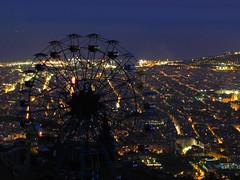 La ciudad que da vueltas (SlapBcn) Tags: barcelona longexposure night noche bcn nocturna bigwheel tibidabo nit noria parquedeatracciones blueribbonwinner canong7 betterthangood slapbcn