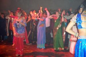 Honey Kalaria teaches Bollywood dance class