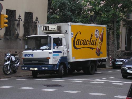 Nissan de l'empresa CACAOLAT a Barcelona