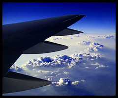 J071008L ~ High in the sky above America (moi_images) Tags: blue usa clouds october wing explore picaday 2007