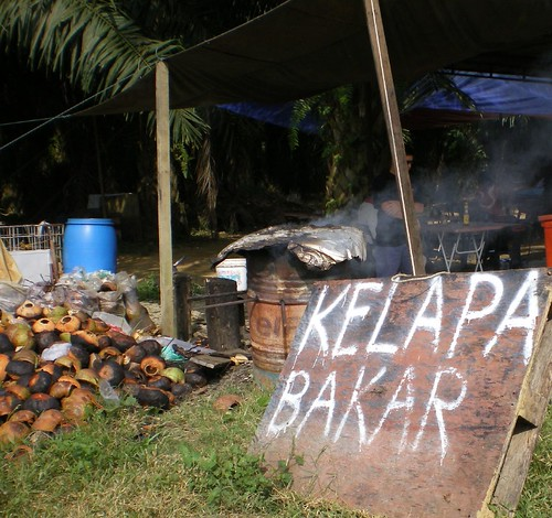 kelapa bakar