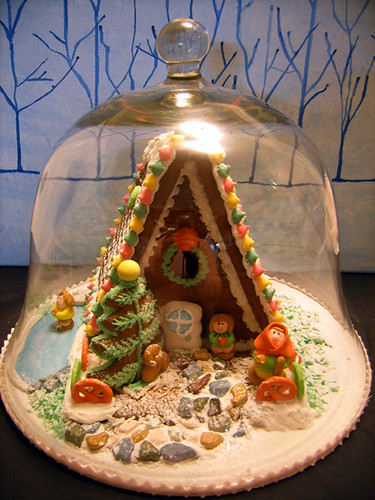 Gingerbread House * under glass by traSEAlee.