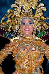 desfile nocturno ao nuevo (maurovale) Tags: las calle sara renata vargas 2008 ao milagros nuevo tablas abajo arriba carnavales giron bello culecos yasuri