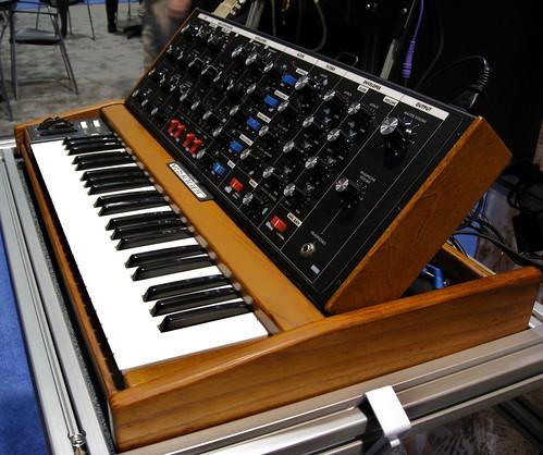 Moog Voyager Old School: All Analog, All Wood, No Presets, No MIDI