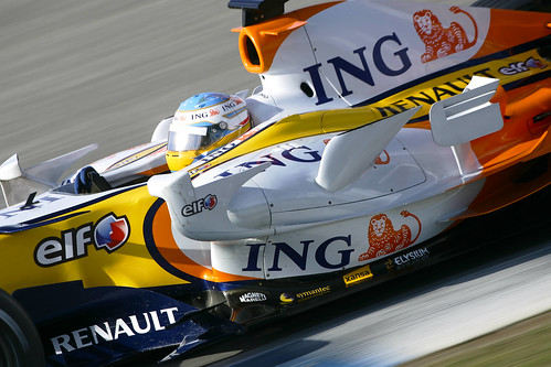 F1 Renault and Alonso in Jerez