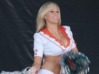 Silverstone Cheerleaders