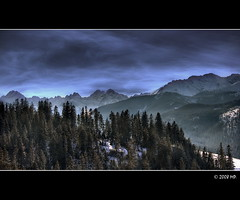 The High Tatras (Mariusz Petelicki) Tags: winter poland polska zima hdr tatry hightatras canon400d superaplus aplusphoto maeciche mariuszpetelicki