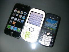 Apple iPhone, Palm Centro & BlackBerry Pearl Compared