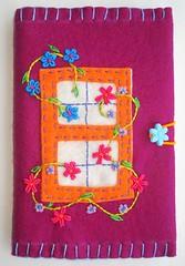bloquinhos 90 (Bordados DaAna®) Tags: notebook embroidery journal capa felt cover feltro applique bordado aplique broderie feutrine fieltro pannolenci blocodenotas daana