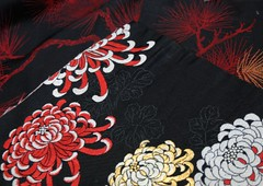 Spider lily meet Matsu pine (melanie gray augustin (Kimono Reincarnate)) Tags: red black bag japanese fabric kimono obi making