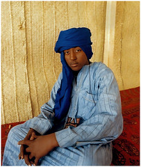 mali portrait #7 (Mark William Brunner) Tags: blue boy portrait man sahara canon young mali tuareg timbuctou festivalaudesert05 markwilliambrunner
