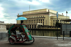 bhabes (jobarracuda) Tags: philippines postoffice manila trike pedicab pilipinas fz50 manilapostoffice pedicabdriver panasoniclumixdmcfz50 jobarracuda jobar