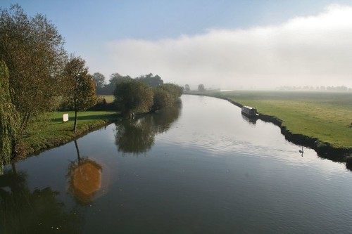 Early morning at Lechlade_009