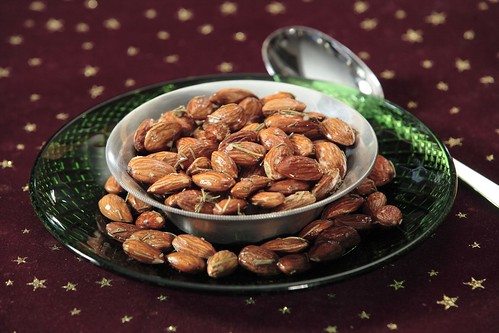 Rosemary Maple Spiced Almonds