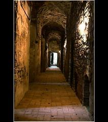 Dungeons (Mariusz Petelicki) Tags: castle poland polska dungeons lochy zamek lipowiec babice canon400d wygiezw mariuszpetelicki