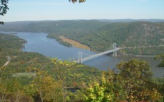 Bear Mountain Bridge in Autumn (blazer8696) Tags: bridge ny newyork 2004 river sony scenic places cybershot historic bearmountain national hudson register appalachiantrail dscf707 route202 route6 nrhp rte6 82001266 dsc02426 bridgestunnels rte202 t2004