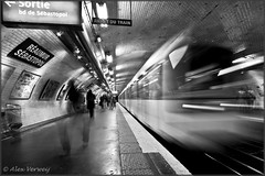 Metro station Paris (Alex Verweij) Tags: people bw paris station metro timeexposure parijs supershot mywinners abigfave reaumursebastopol canon40d alexverweij