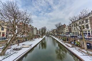 Utrecht Oudegracht snow at last