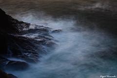 Rocas Asturianas (Miguel Fernandes / mfernandes83) Tags: longexposure canon mar asturias rocas asturies acantilados 450d platinumheartaward miguelfernandes vanagram mfernandes83