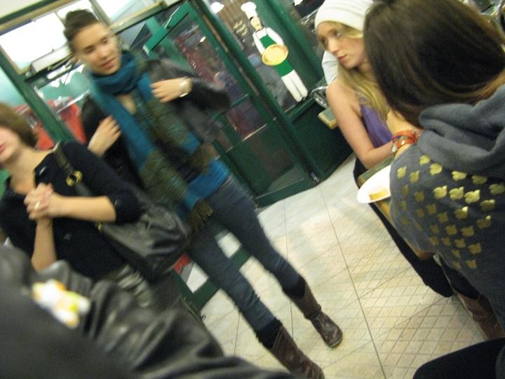 3533605019 de1b35ec5a o girls at a pizza place