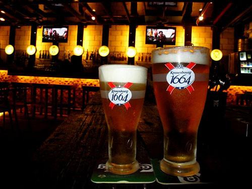 08 Kronenbourh Half Pint & Full Pint