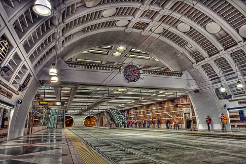 Flickr photo sharing: Bus Tunnel HDR