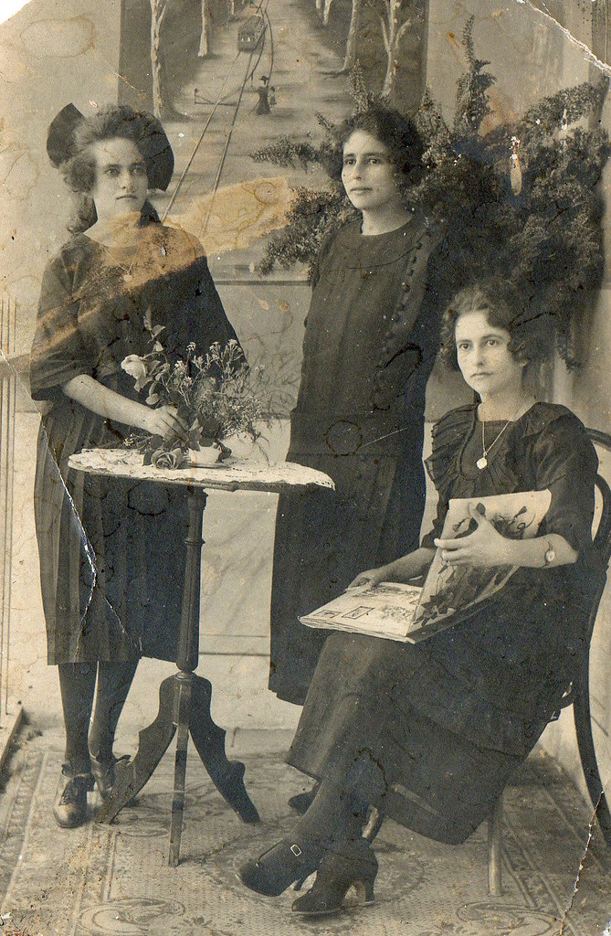My great aunts in 1930