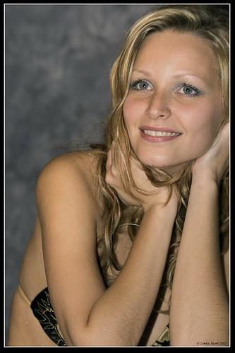 金髪美人の画像2003