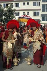 Monks with censors and shell horns lead the white wheel of the Dharma umbrella procession, Tharlam Monastery Courtyard, Boudha, Kathmandu, Nepal (Wonderlane) Tags: nepal test white wheel religious path buddhist traditional religion buddhism exhibit blessing monks tibetan kathmandu practice procession tradition spiritual enlightenment dharma result initiation boudha buddhists empowerment sakya censors tibetanbuddhist 3529 lamdre tharlammonasterycourtyard
