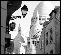Montmartre- Sacre Coeur (K8rina) Tags: old blackandwhite paris france building church lamp montmartre sacrecoeur coeur sacre shutters