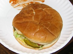 Best Burger in the World (Market Stone) Tags: chile food newmexico green lunch market mark burger hamburger elrito newmexicanfood chileburger mountainmarket