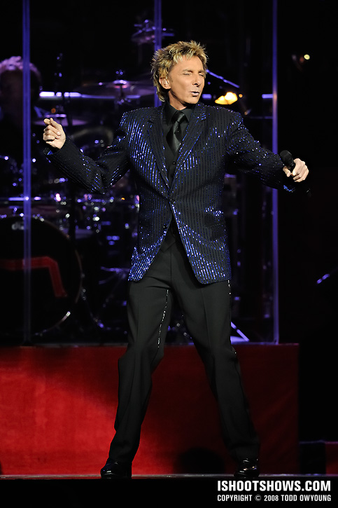 Barry Manilow @ the Chaifetz Arena