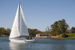 Sailing along the Chesapeake at Tides Inn (hawkinsinternationalpr) Tags: wedding golf bay sailing resort resort school chesapeake wedding wedding reception hotel marina virginia club vacation spa virginia locations vacations meetings