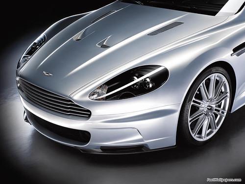 Aston Martin DBS 1