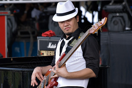 Alda Tan on Bass