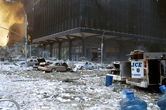 9/11 - cleanup effort (Robert-P. Pelikan) Tags: 2001 nyc newyork worldtradecenter 911 nypd ground 11 september collection twintowers wtc zero septembre nyfd memoriam