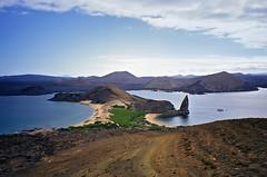 Bartolomé Island - Galapagos Islands (ladigue_99) Tags: cruise southamerica landscape island ecuador darwin galapagos geology bartolome isla soe crociera sudamerica geologia americadelsur anawesomeshot theoryofevolution ladigue99 teoriadellevoluzionedellaspecie