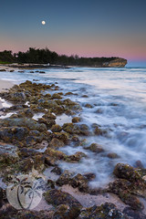 Shipwrecks Beach, Kauai, Sunset, Moonrise (brandon.vincent) Tags: lee filters gnd sunset moon rise full shipwreck shipwrecks rock beach south kauai poipu koloa ocean pacific slow shutter drag canon manfrotto