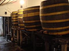 Barris de carvalho alemão para armazenar a cerveja