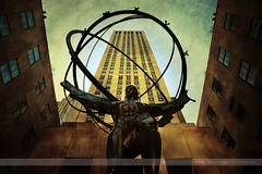 Atlas, New York, New York (Seven Seconds Before Sunrise) Tags: nyc newyorkcity newyork building statue architecture unitedstates manhattan rockefellercenter sphere atlas 30rock