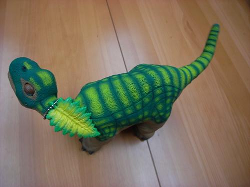 Pleo和他的小綠葉