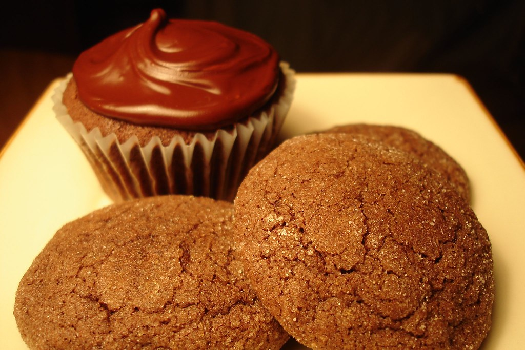 Chocolate-Chocolate Cupcake & Chocolate Ginger Cookies